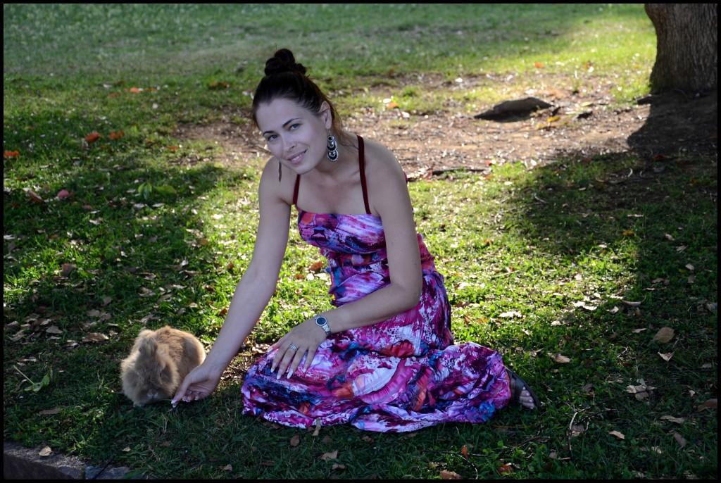 С кроликом